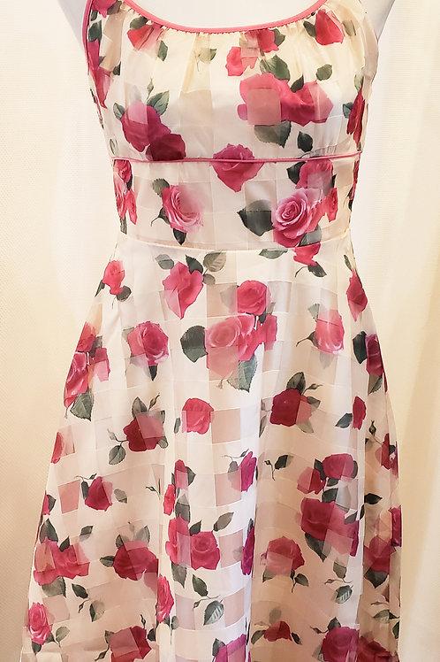 Vintage-Inspired Rose Dress