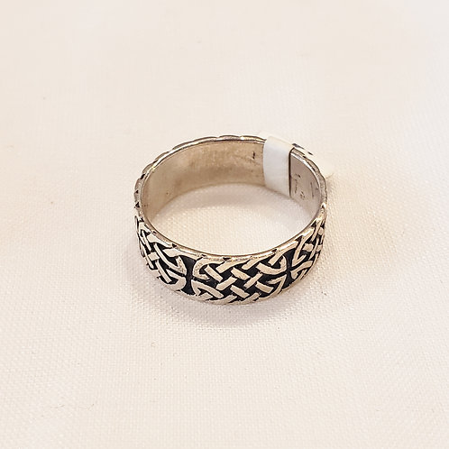Vintage Sterling Silver and Black Knot Ring