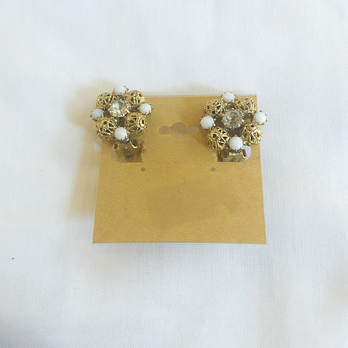 Vintage Gold and White Cluster Clip-On Earrings