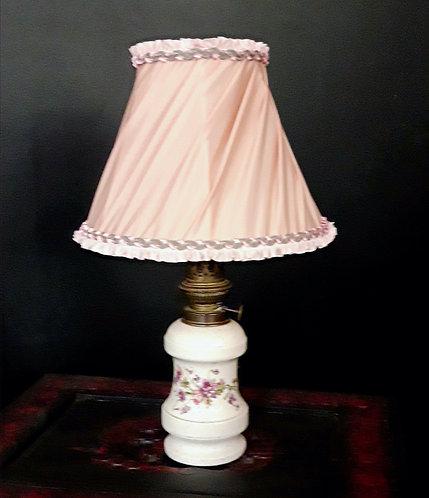 LAMPE ET SON ABAT-JOUR