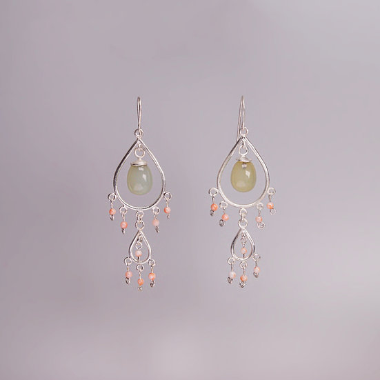 Silver earring set with corals