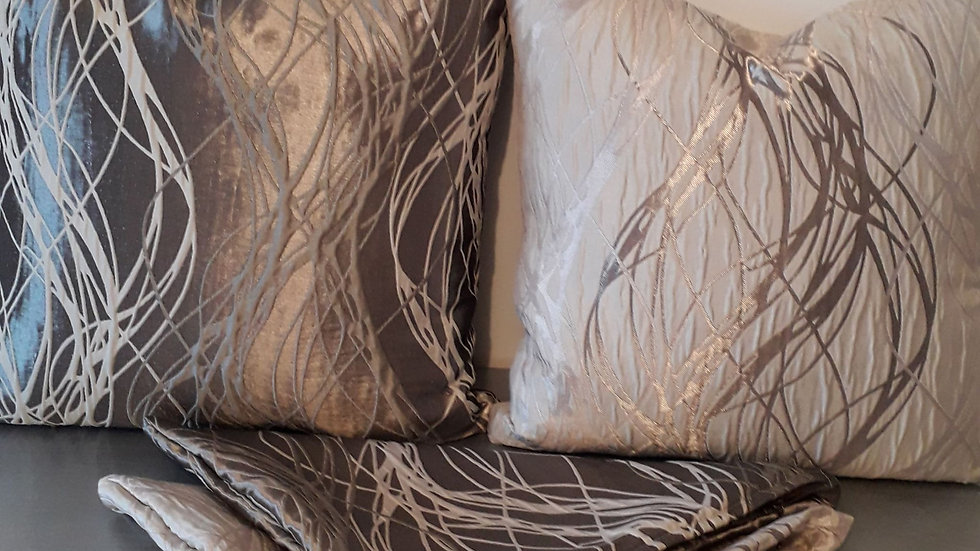 Set of 4 gold and creme cushion covers