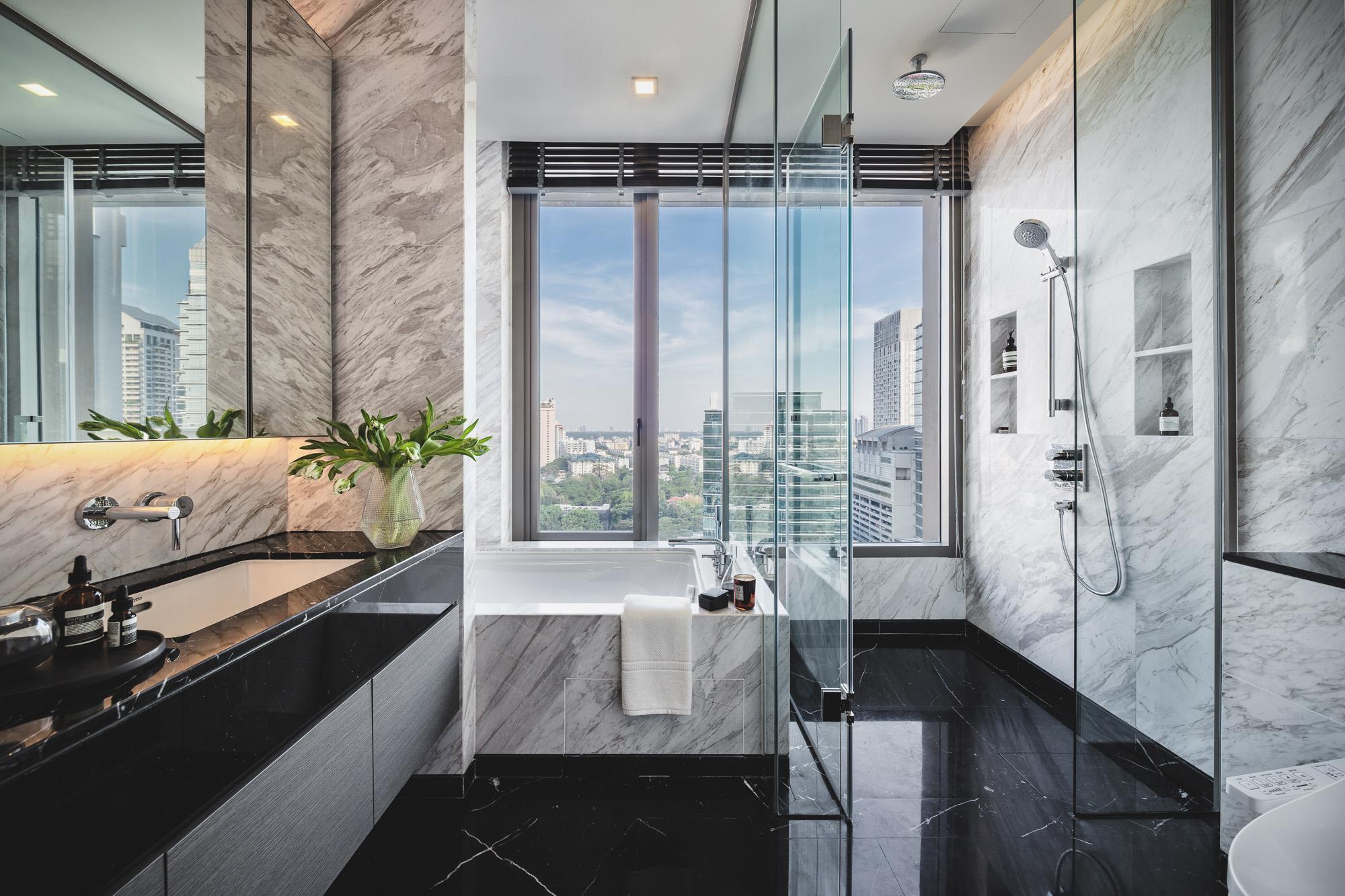 2BR_bathroom