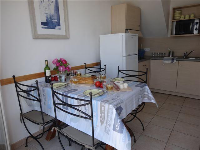 Dining & Kitchen Area 3