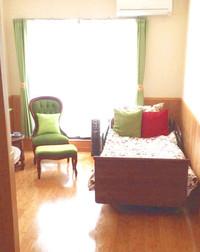 ベッド・椅子