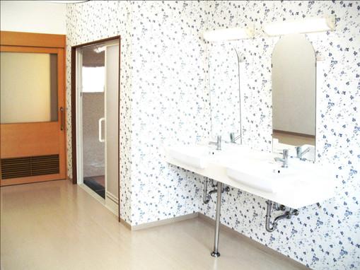 1階浴室脱衣所