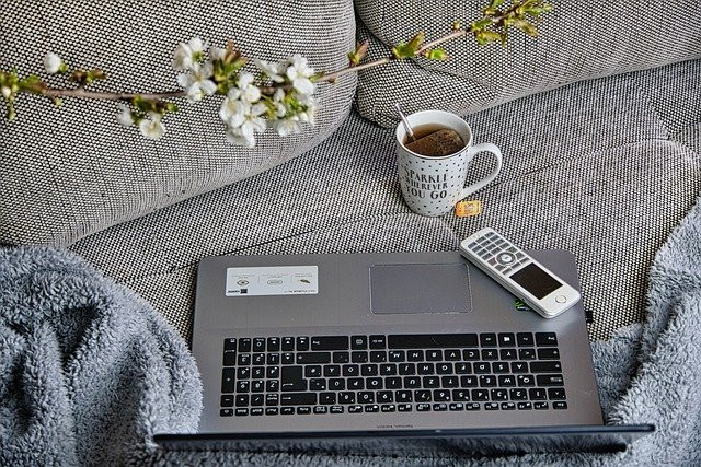 Enfrentando o Home Office - 7 Dicas para Facilitar o Trabalho de Casa