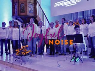 Adventsfensteröffnung heute um 18 Uhr in der Mauritiuskirche mit joyful noise