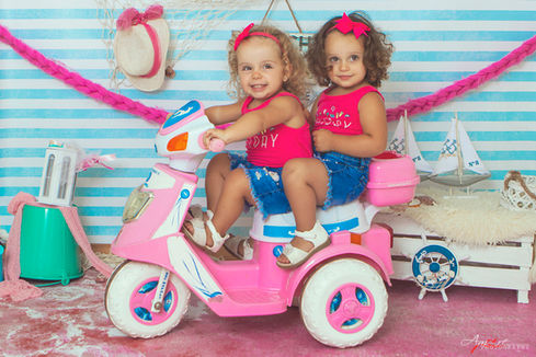 Jasmine e Azzurra    Foto Bambini Napoli