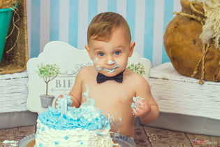 Salvatore   Foto Bambini Smash CakeNapol