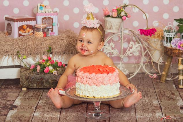 Giada   Foto Bambini Smash CakeNapoli e