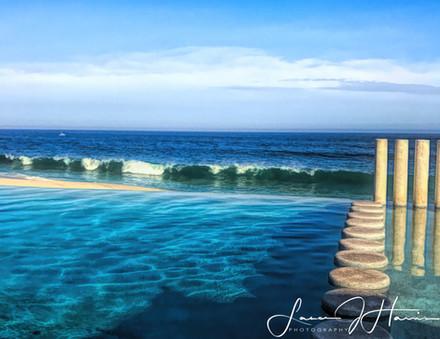Looking at the ocean Cancun_Edit-1508888936737.jpg
