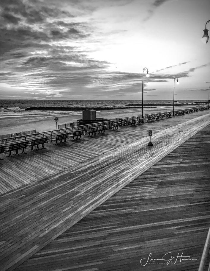 Long Beach Pier B&W 11x14.jpg