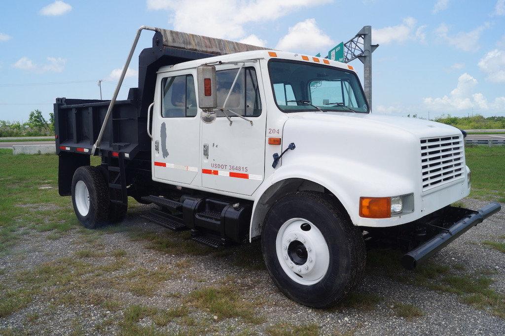 5 YARD Dump Truck Hauling Service