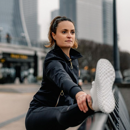 New week, new goals, new opportunities  What are your goals for 2021?  With our sustainable sportswear launching soon we're here to help you with your fitness and your lifestyle goals. Designed for women who make an impact.  Fusing luxury, performance and conscience we present sustainability without compromise.  Featuring the Charlotte Jacket and Kamala legging