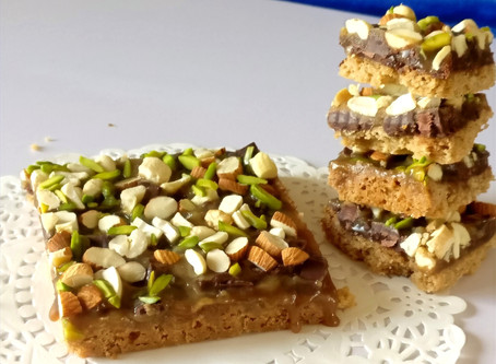 Salted Caramel Nutty Cookie bars