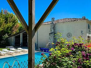 Maison_Dhibou_Charente_SwimmingPool-1.jp