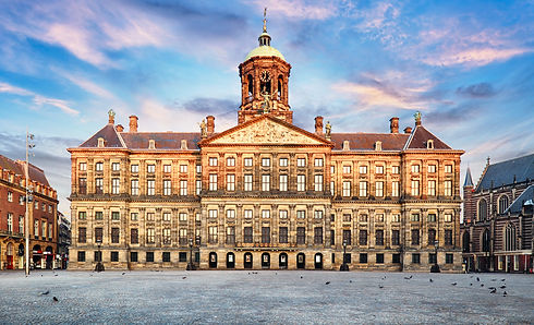 Amsterdam-min.jpg