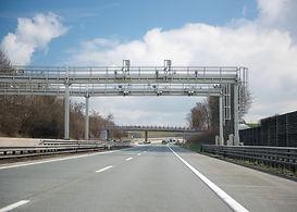 iStock brána - L.jpg