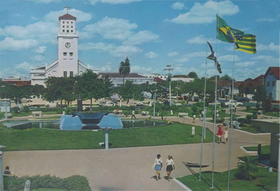 Praça Bom Jesus e Catedral 1970