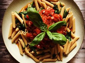 Fresh Tomato Sauce over Spinach & Pasta