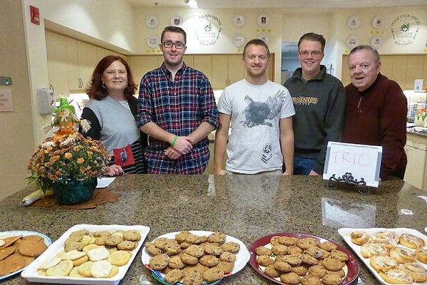 Ursinus student advocates join TRIO Philadelphia n Family House baking1180111-01.jpeg
