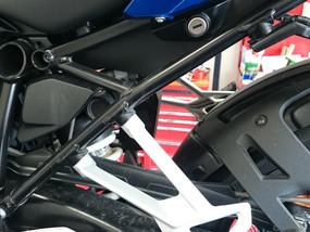 R1200R/RS用ヘルメットホルダーが発売されました
