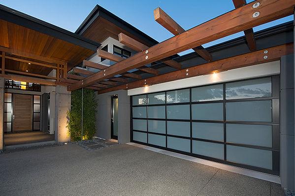 garage-one-aluminum-garage-doors-3.jpg