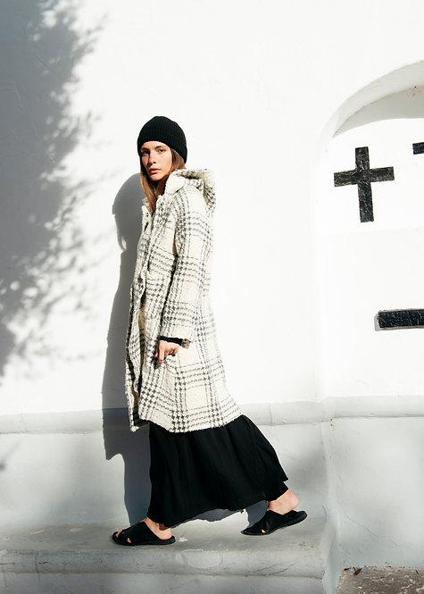 Aequamente Woman's Coat