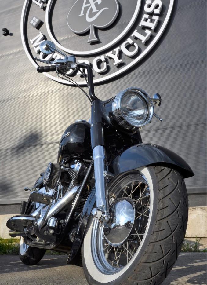 Harley Davidson Softail Heritage Gangsta 2