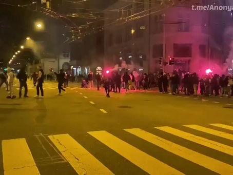 Le ras-le-bol des restrictions monte chez les jeunes à travers l'Europe - rassemblements de jeunes
