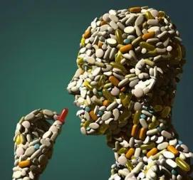 Médicaments : entre 13 000 et 34 000 morts chaque année en France (en 2012)