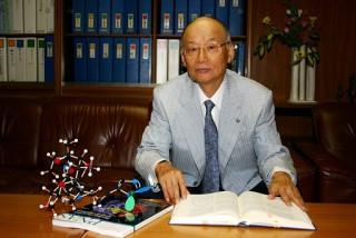 Le prix Nobel Satoshi Ōmura publie une étude en faveur de l'ivermectine