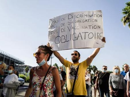 """Plusieurs syndicats déposent un préavis de grève """"illimitée"""" contre la vaccination obligatoire."""