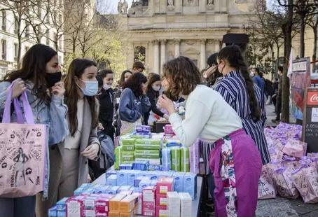 Le pouvoir d'achat des étudiants a dégringolé pendant le quinquennat d'Emmanuel Macron