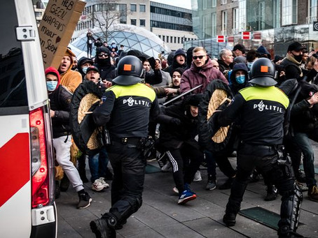 De violentes manifestations ont éclatés aux Pays-Bas contre les mesures sanitaires
