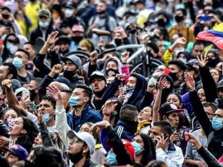 """Colombie : une grève nationale qui prend le virage d'une """"pré-révolution"""""""