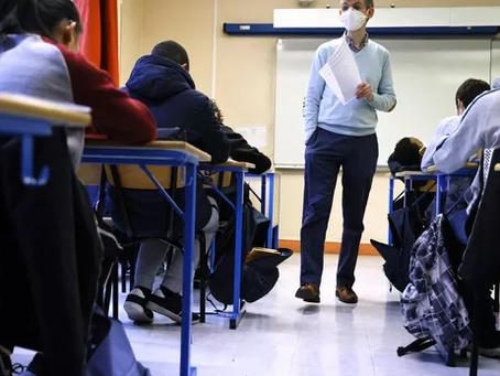 Propagande de l'état français dans les écoles pour vacciner les jeunes