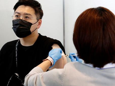 Le Japon suspend 1,6 million de doses de Moderna shot après des rapports de contamination
