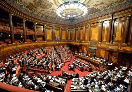 Italie - Le Sénat approuve une motion sur les thérapies à domicile