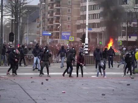 La colère monte en Europe contre les mesures sanitaires