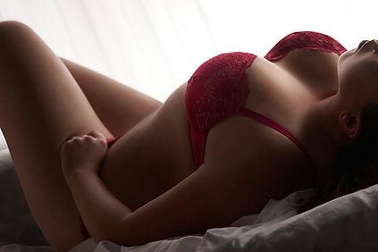 curvy girl (2).jpg