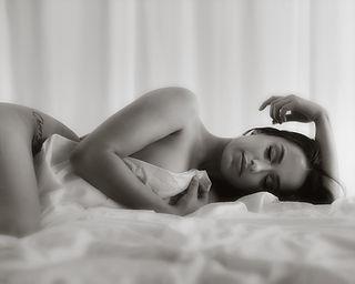 Boudoir Photography  Auckland. Beautiful, Sensual And Elegant Boudoir Photography For Women