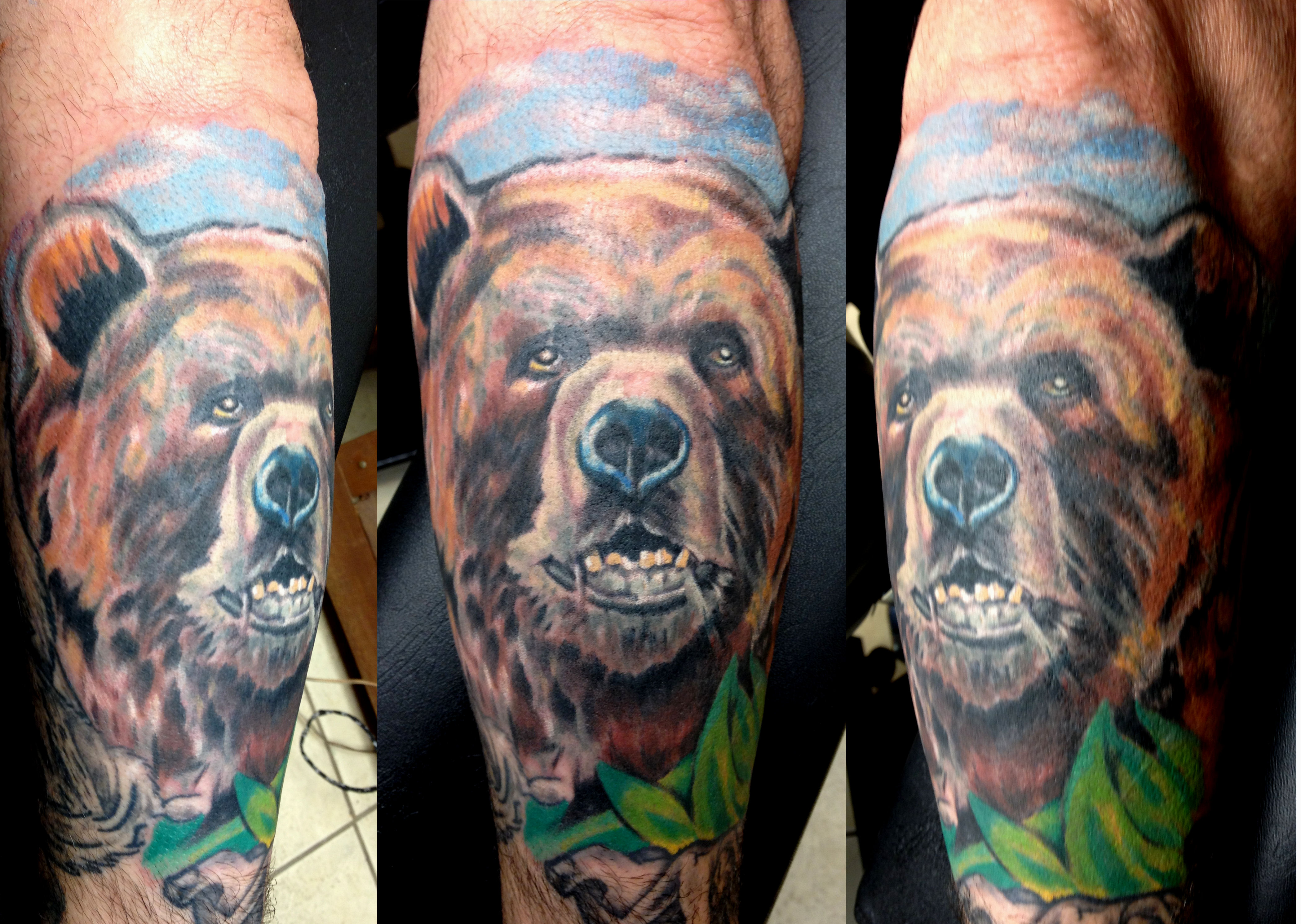 Traditional Grizzly Bear Head Tattoo