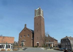 Openstelling van de kerk in Baarlo