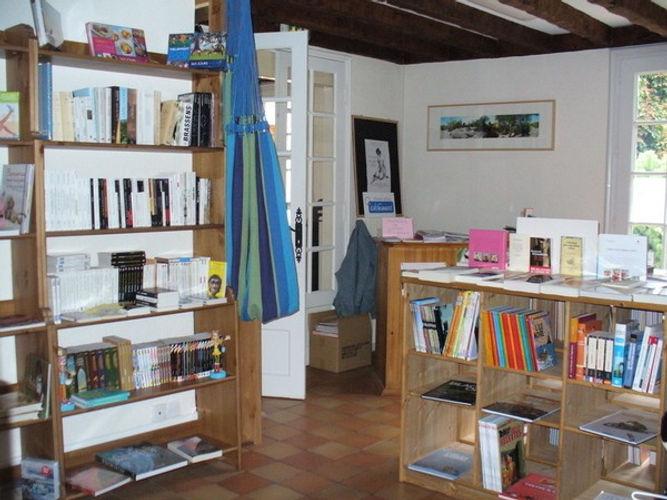 Librairie Contes et Lectures.jpg