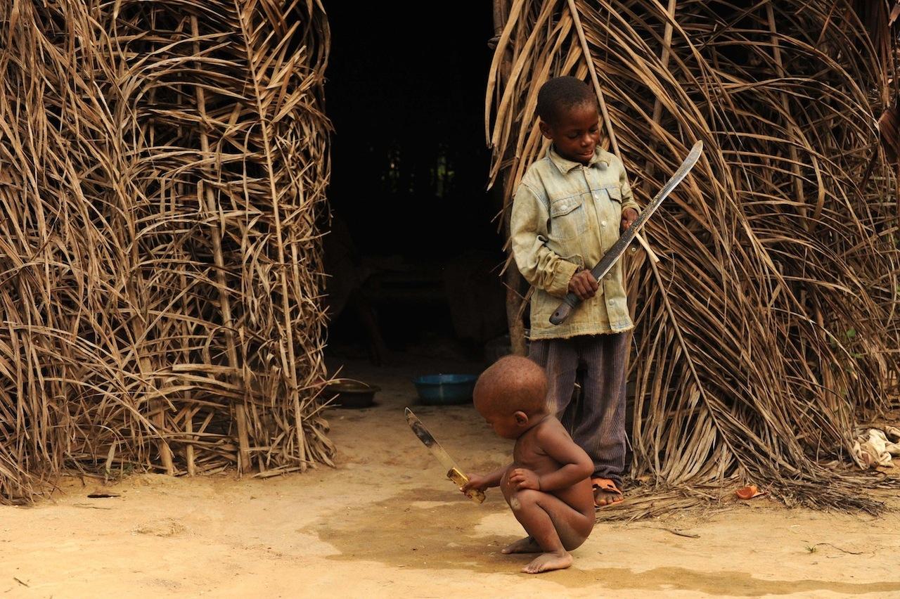CAMEROON 050