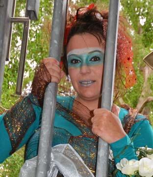 Storyteller in 'The Magic Garden'