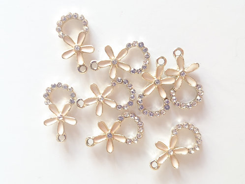 Flower crystal charm