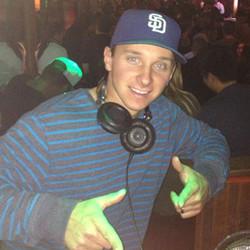 DJ GROOVE TECH